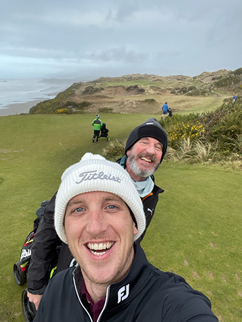 Golf pros kyle and robb playing at golf at Bandon Dunes in December